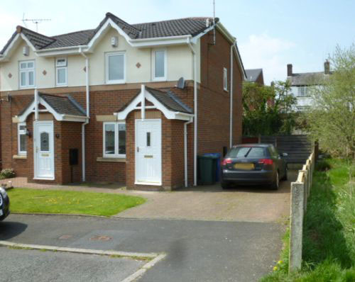 For sale 2 bed semi in Middleton.
