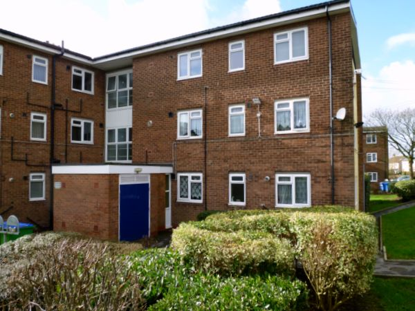 Flats for sale in Middleton M24 5QR